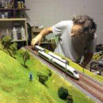 treno ICE in scala H0