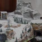 montagna con stazione funivia